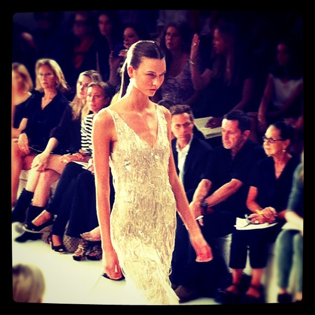 Oh Karlie Kloss, you are so stunning as is this #ralphlauren dress #nyfw  (Taken with instagram)