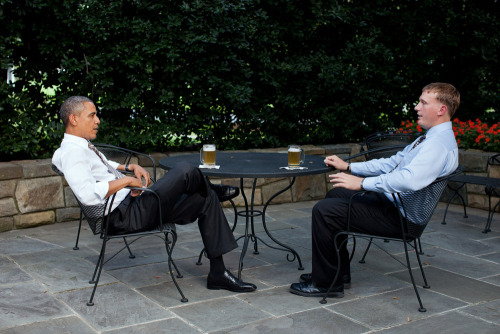 PHOTO OF THE DAY: President Obama enjoys a beer with Dakota Meyer on the patio outside of the Oval Office on Wednesday. Obama will present Meyer with the Medal of Honor on Thursday during a ceremony at the White House. (PHOTO: PETE SOUZA/THE WHITE HOUSE VIA GETTY IMAGES)