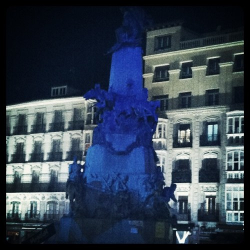 Virgen Blanca #Vitoria-Gasteiz #noche (Taken with instagram)
