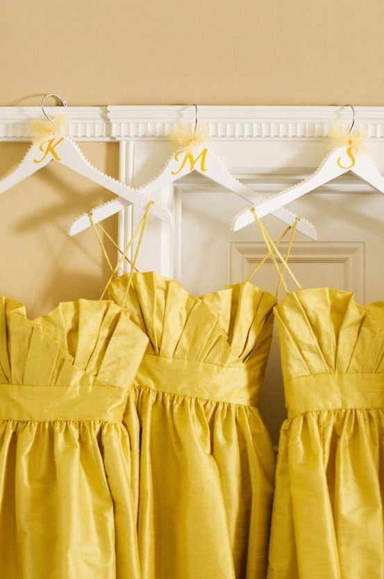 it-girl-happened-one-night:  oh how i wish yellow looked good on me!
