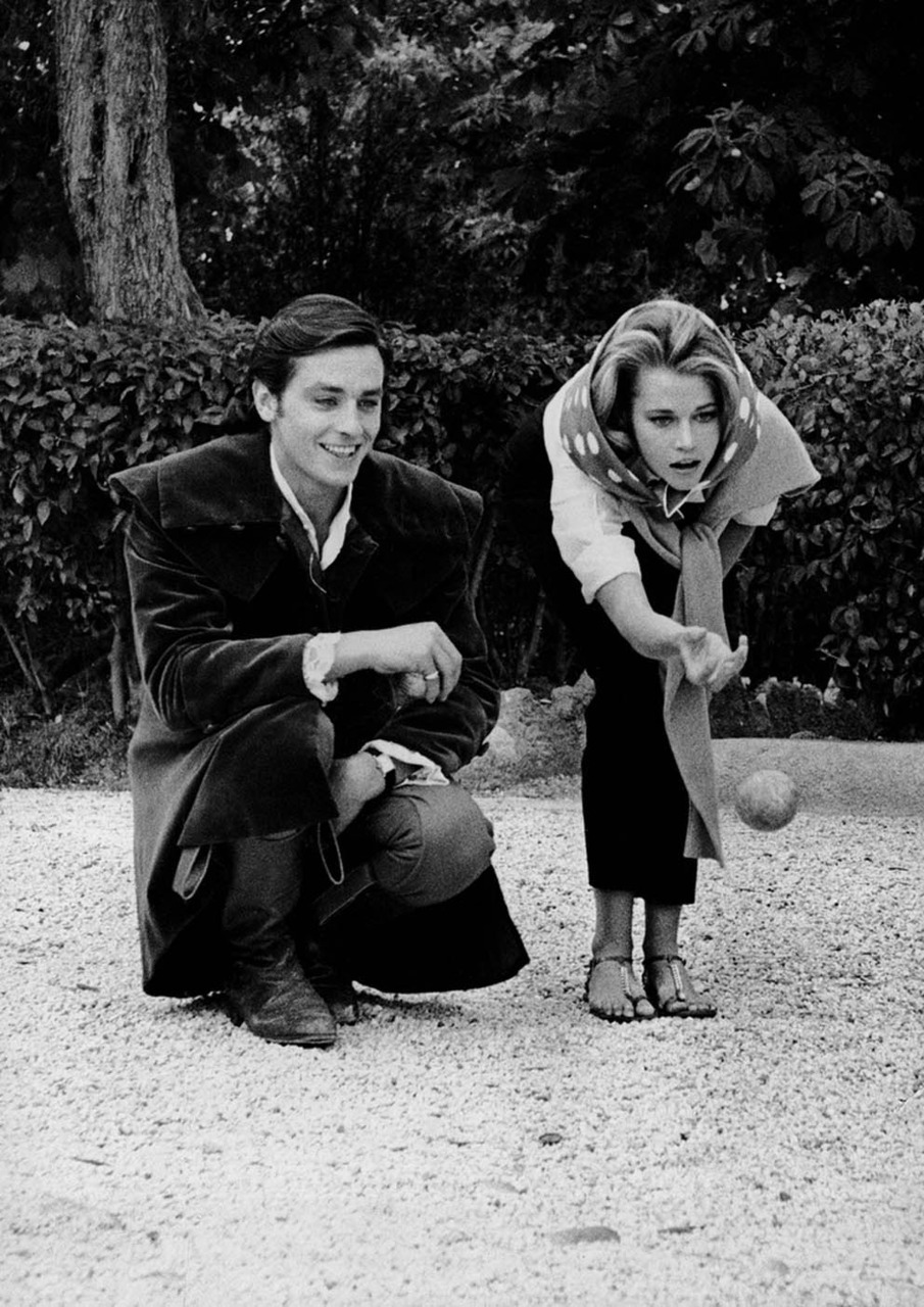 Alain Delon and Jane Fonda.  (via)