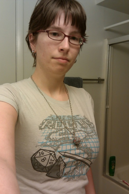 jedirei:  So this shirt came in today. I thought wearing it with my d20 necklace was appropriate.  Awwww yeahhhh