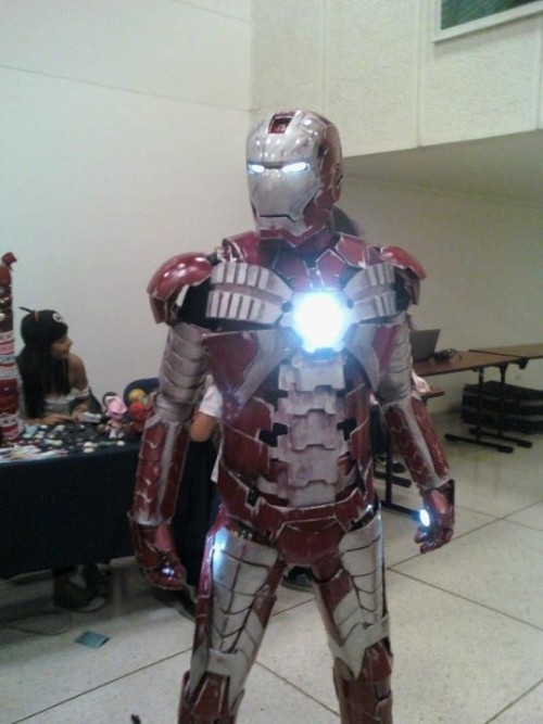 12up:  IRON MAN COSPLAY! CRC (Colombia -Valle del Cauca - Santiago de Cali) This cosplay. I just died. FUCK!