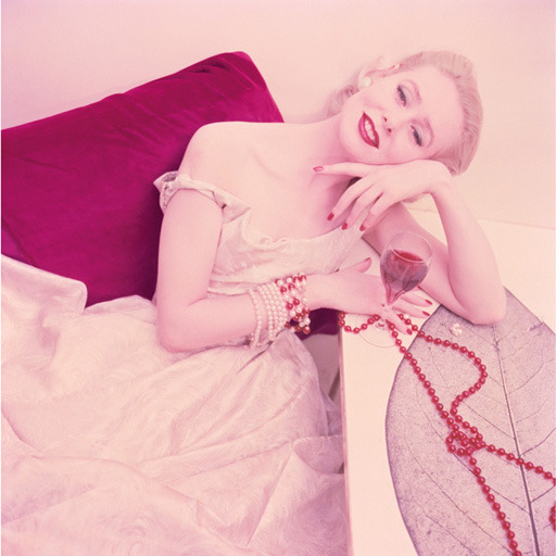 Ruby and Pearls (1955).  (via)