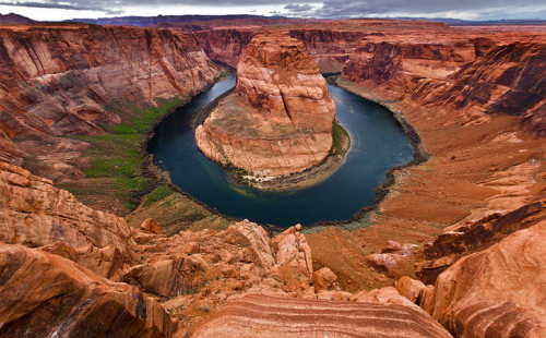 llbwwb:  Horse Shoe Bend,a view I love :) (via Jeff Swanson | Smashing Picture)