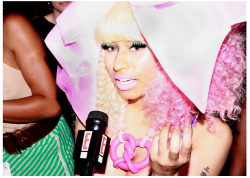 Sitting front-row at Prabal Gurung's Spring/Summer 2012 show was NICKI MINAJ & AMANDA SEYFRIED. I chit-chatted with both of the lovely ladies. READ MORE