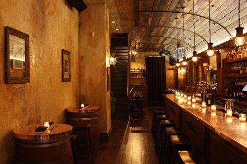 Hoppit's restaurant of the week: Vareli's in NYC. A gem for all of those who like vintage/antique feels at restaurants. Check out its profile on Hoppit.