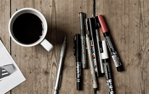 replace these pens with rotrings and coffe with assam tea and you get a Gratuitous Picture Of My Weekend