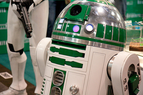 fystarwars:  R2-D2 (by San Diego Shooter)