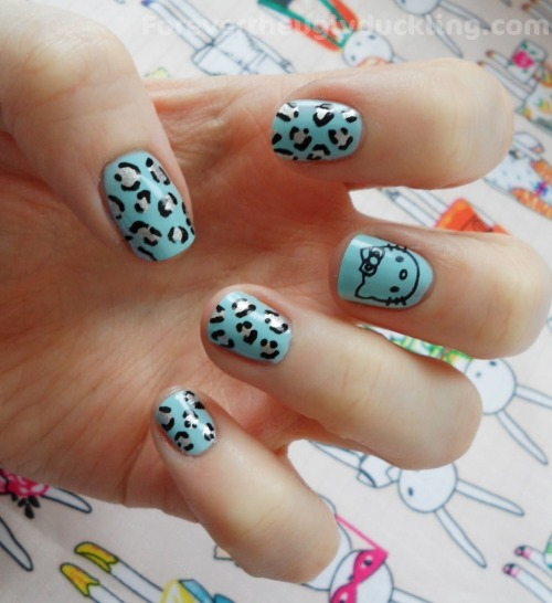 hello-kitty:  Hello Kitty Leopard Print Nails