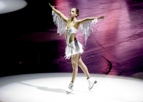 beautiful-shapes:  Carolina Kostner, 2006 EX Ave Maria