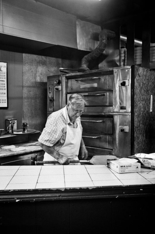 The master artist, Dom DeMarco of Di Fara, in front of his canvas.Photo Credit: Frank Wang, my photography class Skillshare instructor
