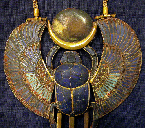 fefluke:  pendant, gold and stones/paste, Egyptian by Atelier Sol on Flickr.