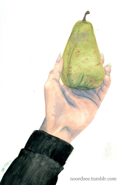 PEAR.  Fake pear. Picture Book teacher had us painting last class. He said it'd be difficult, choosing a fake item to paint rather than a real one… didn't really see why, I found it rather easy! It was my hand that gave me the most trouble, I tend to avoid drawing in fingernails and I rather have them in abundance at the moment, haha!  The sleeve actually has some warmer purples in it, but they got edited out by mistake, whoops…