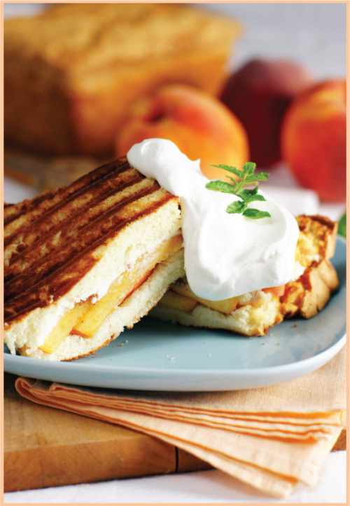 beaucoup-food:  Peaches & Cream Pound Cake Panini