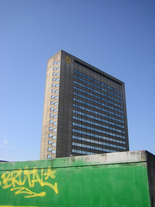 Brutal,  Frankfurt am Main, Gallus, 2011