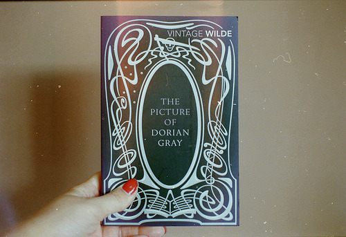 "bookmania:  ""The Picture of Dorian Gray"" by Oscar Wilde (photo by coffeestainsandcigarettes)"
