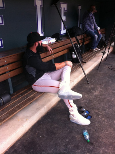 jstforkicks:  Of course Brian Wilson would be wearing his Air Mags during a game. Love this dude lol