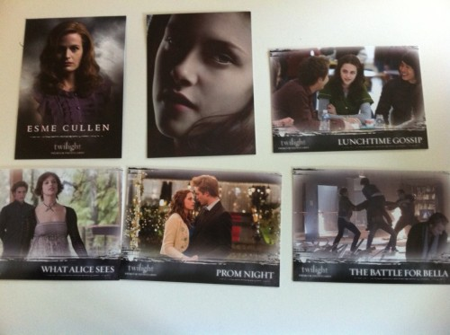AUCTION FOR @SCHELMY a set of Twilight trading Cards. It was donated by JustJo55 Click here to bid