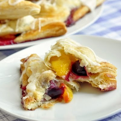 rockrecipes:  Easy Cherry Peach Turnovers (via Rock Recipes -The Best Food & Photos from my St. John's, Newfoundland Kitchen.: Easy Cherry Peach Turnovers)