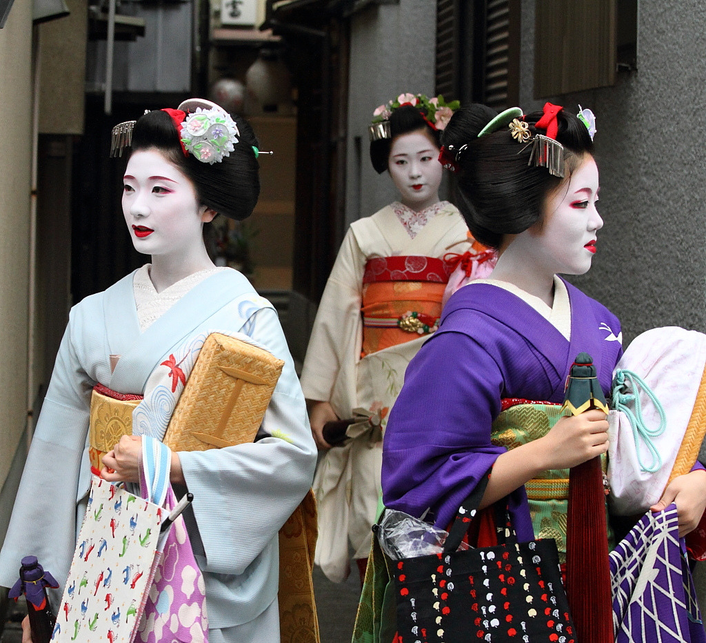 Maiko are so poised that they cannot take bad photographs IMO.