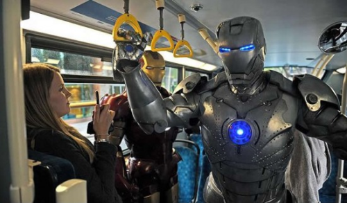 Movie sculptor makes his own Iron Man costumes