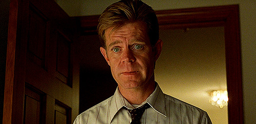 "William H. Macy begged the directors for the role of Jerry Lundegaard. He did two readings for the part, and became convinced he was the best man for the role. When the Coens didn't get back to him, he flew to New York (where they were starting production) and said, ""I'm very, very worried that you are going to screw up this movie by giving this role to somebody else. It's my role, and I'll shoot your dogs if you don't give it to me."" He was joking, of course."