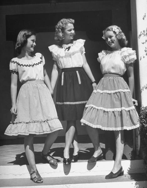 High school girls in Phoenix model frilly skirts and blouses in October, 1946. This style, inspired by traditional Mexican attire, was incredibly popular with young women in the late 1940s and early 1950s.