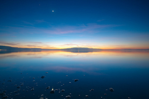 from-concentrate:  sonnenuntergang reichenau / sunset reichenau by Philipp Hilpert on Flickr.