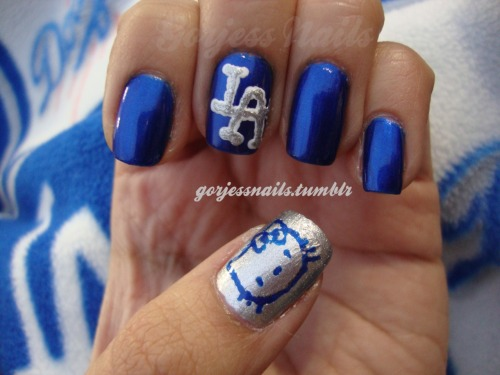 gorjessnails:  My Hello Kitty Dodger nails for last night's game. My 20 minute design.. Lol! Hello Kitty & Star Wars night at Dodger Stadium with Friday Night Fireworks.. :) It was amazing!!..<3