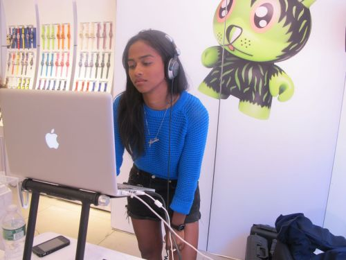 vashtie:  selecting at kid robot x swatch preview (NYC 2011)