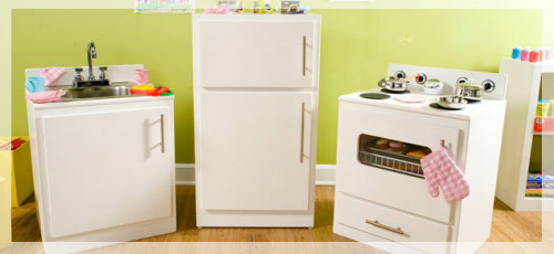 (via Kids Kitchen Set-Refrigerator)