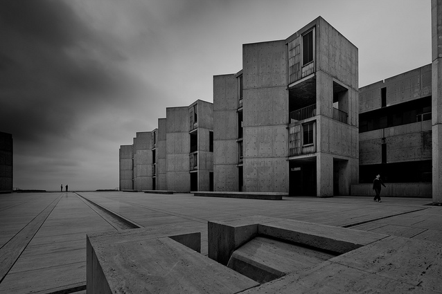 skibinskipedia:  Salk Institute, San Diego, California. Designed by Louis Kahn, 1965. Photo by Chimay Bleue.