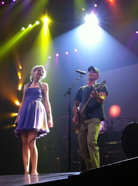 Taylor Swift and Kenny Chesney!!