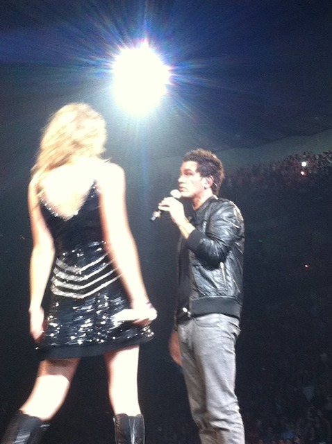 jencita:  Taylor Swift and Andy Grammer!!