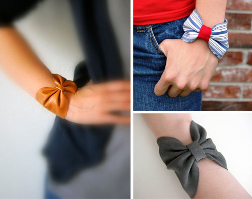 crafty-vibes:  DIY: Bow Cuff Bracelets 2 different tutorials: Leather bow Fabric bow
