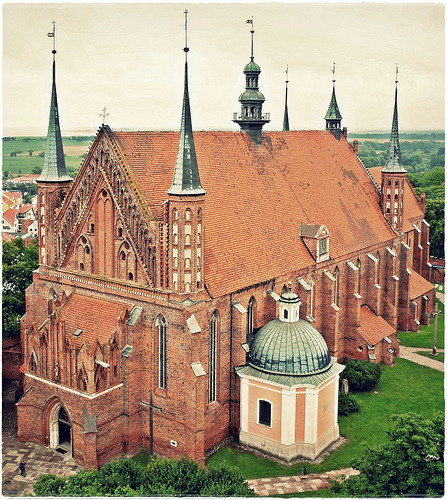 Gothic cathedral of Frombork, Poland (by Violen's photography)