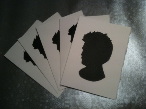 AUCTION FOR @SCHELMY two sets of Rob/Edward Cullen Silhouette Cards donated by SereniTwi Click here to bid