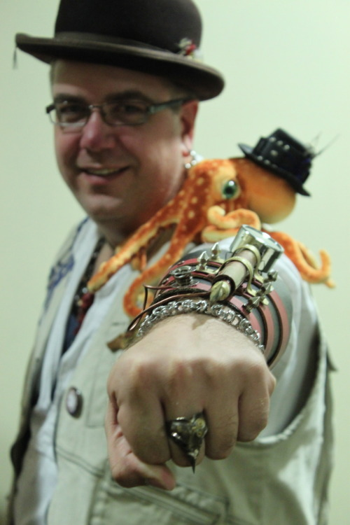 Michael and Junior the Octopus. Photo by TampaSteampunk.