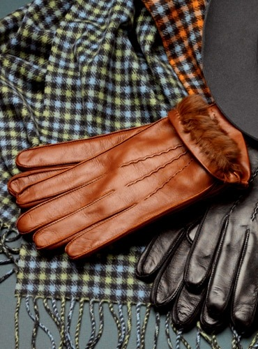 lemonadeandivy:  fall preppy gift for him ~ rabbit lined leather gloves