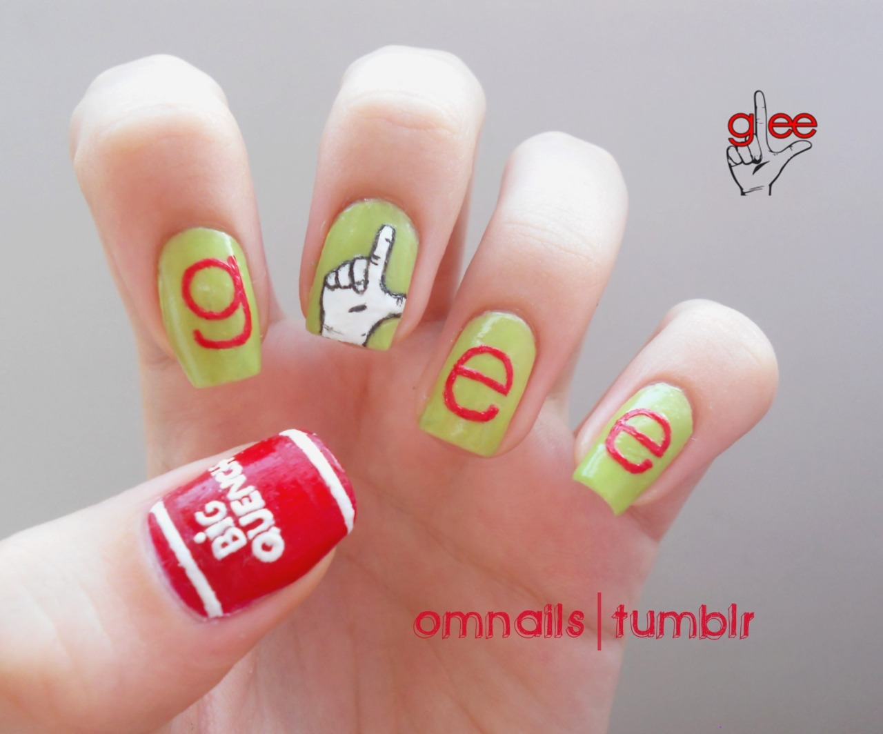omnails:  Glee nail art - part 2 | I can't wait another minute for season 3! Hope my nail art can show you guys how much I love Glee :) 09/20, I keep waiting! xoxo part 1 - cheerios