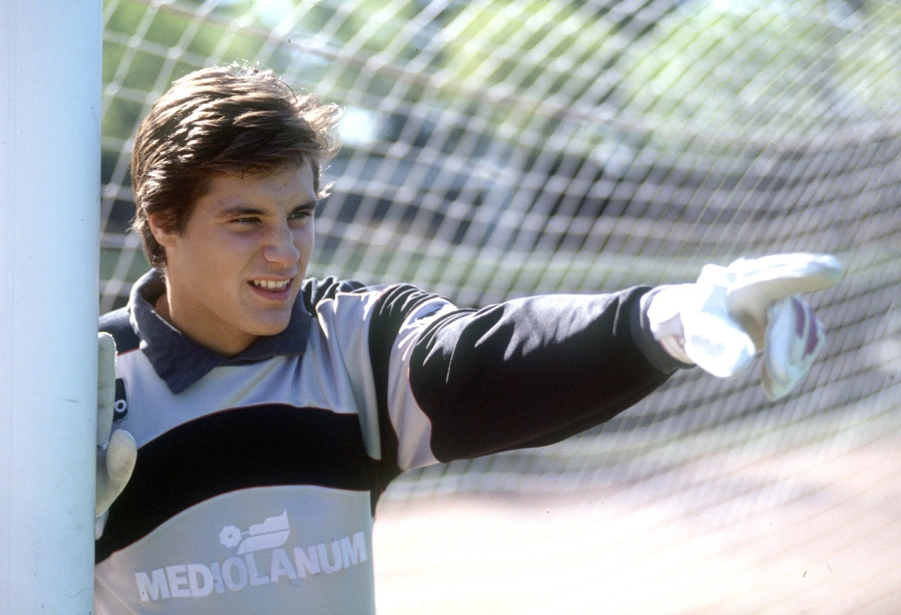 Carlo Cudicini at 17.