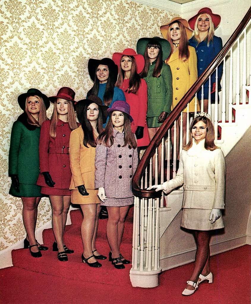 katespadeny:  dress colorfully stair