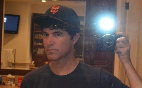"rising:  Tom Anderson (formerly of Myspace) posted a ""Myspace pic"" on Facebook."