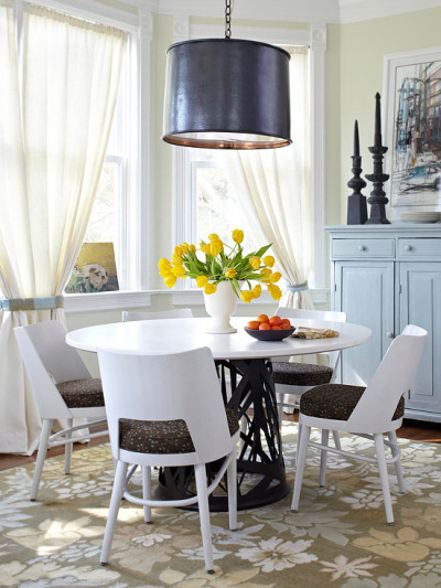 Bright & cute dining room!