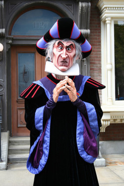 mainelydisney:  Frollo by briberry on Flickr.