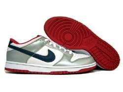 Nike Dunk Low Euro (Tony Parker Edition) NDL-01M