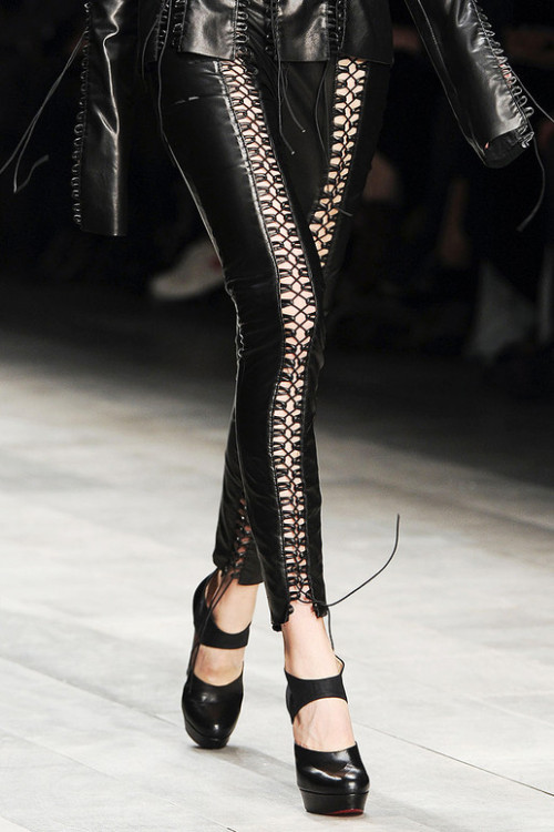 Lace-up Leggings!lou-boutin:  Mark Fast - Fall 2011