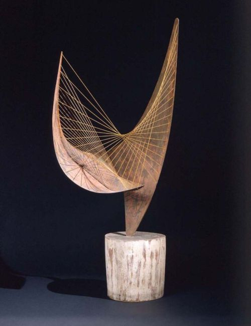flasd:  Barbara Hepworth