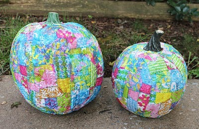 "Click thru to find the instructions on how to make the ""Lilly-fied Pumpkins"" over at Maryland Pink and Green."